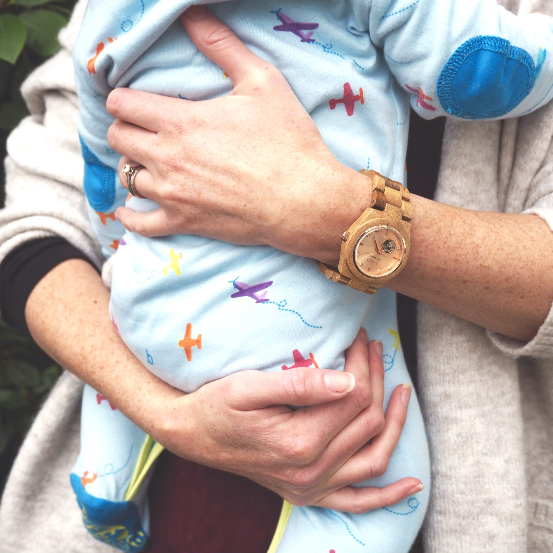 Jord Wood Watch in Cora koa and rose gold